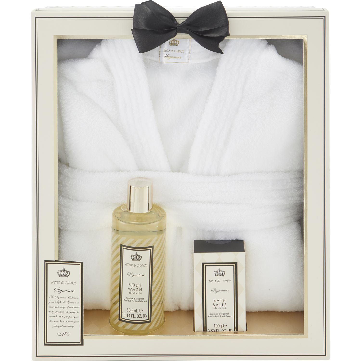 Style Grace Signature Pamper Me Robe Gift Set 3 Pieces This Gift Set Includes 1 X 300ml Body Wash 1 X 100g Bath Salts 1 X 1 Bath Robe Perfumes Of London
